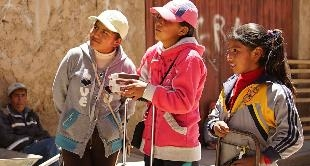 BOLIVIA: THE CHILD LABOUR DILEMNA - 23-01-2016