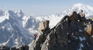 217 - THE COMPAGNIE DES GUIDES DE CHAMONIX