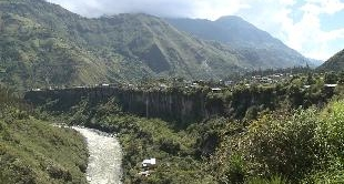 ECUADOR - VOLCANO AVENUE (13')