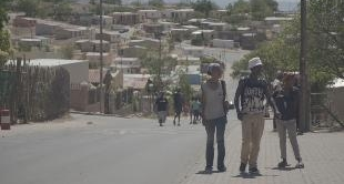 SOUTH AFRICA: BACK TO APARTHEID