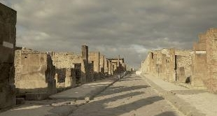 09 - AUGUST 24, 79 : THE DESTRUCTION OF POMPEI