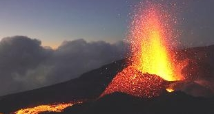 11 - REUNION ISLAND : IN THE HEART OF THE VOLCANOE