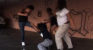WOMEN IN GANGS IN LOS ANGELES