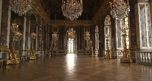 FURNITURE OF VERSAILLES (THE)