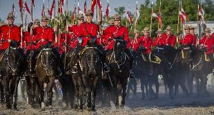 185 - THE MOUNTIES - CANADA