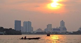 36 - THE TREASURE DIVERS OF BANGKOK